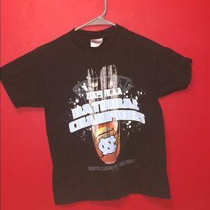North Carolina Boys Vintage Black T-Shirt Size M